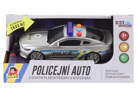 Policejní auto na setrvačník s českým zvukem