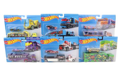 Hot Wheels náklaďák BDW51