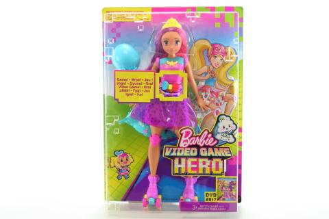 Barbie Ve světě her hrací kamarádka DTW00
