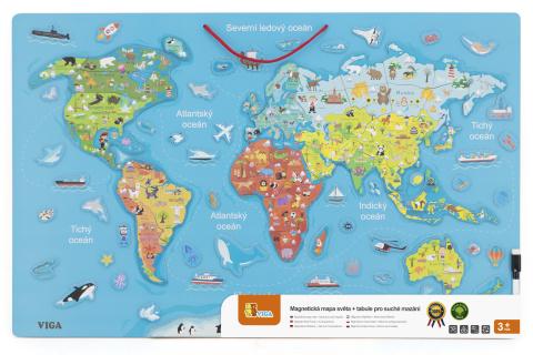 Dřevěná mapa světa s tabulí