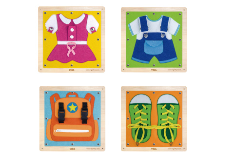 Dřevěná nástěnná hra oblékání/zapínání