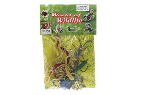 Žáby, hadi a hmyz v sáčku