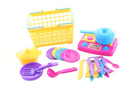 Košík s nádobím