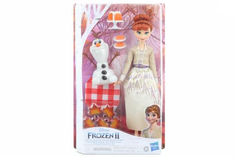 Frozen 2 Anna a Olaf podzimní piknik