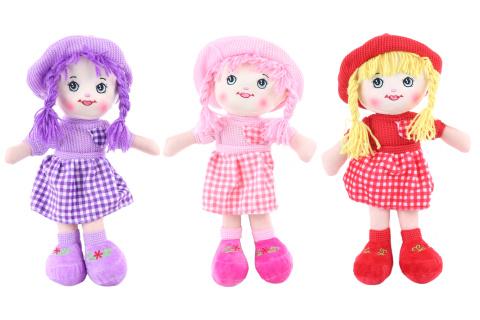 Hadrová panenka s kloboukem
