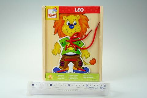 Lvíček Leo, první šití
